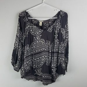 Forever 21 Top Prairie Floral Blouse Sz S Gray